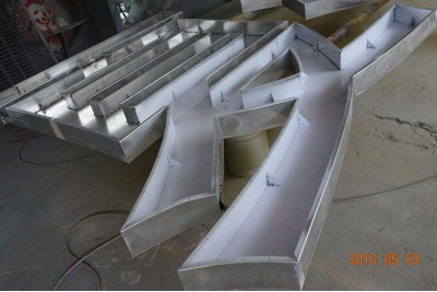 Fabricated aluminum letters